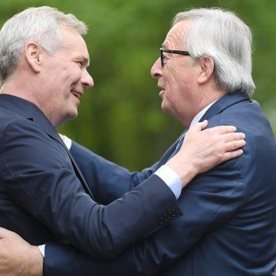 Pääministeri Rinteen ja EU-komission puheenjohtajan Junckerin tiedotustilaisuus Säätytalolla