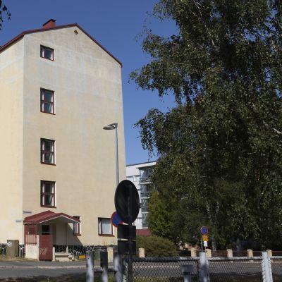 Entinen kauppaoppilaitos Oulussa