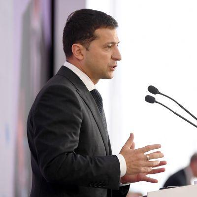 Ukrainan presidentti Volodymyr Zelenskyi puhui YES-konferenssin 2. avajaisistunnossa Kiovassa, Ukrainassa, 13. syyskuuta.