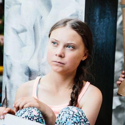 Greta Thunberg osallistuu nuorten ilmastomielenosoitukseen New Yorkissa