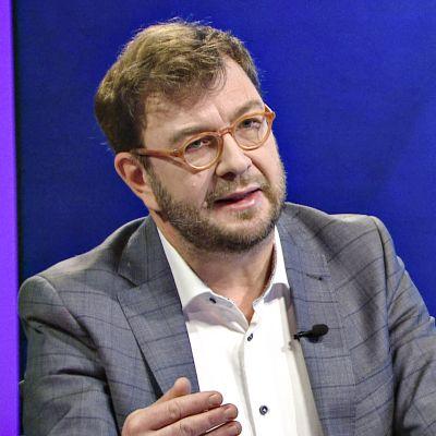 Timo Harakka Ylen Ykkösaamussa lauantaiaamuna 12. lokakuuta 2019.