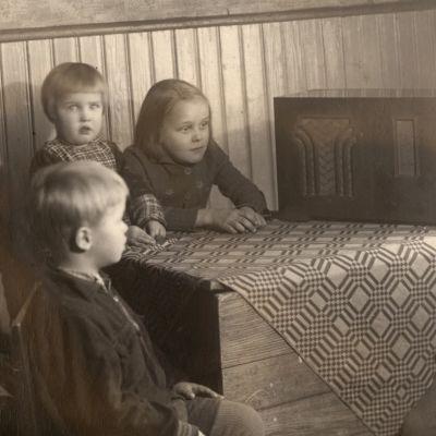Lapsia 1930-luvulla