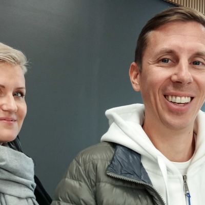 Milja Köpsi driverkampanjen Mimmit koodaa och Rasmus Roiha är vd för föreningen Ohjelmistoyrittäjät
