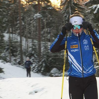 ampumahiihtäjä Sonja Hakala Hakkarin ladulla Lempäälässä