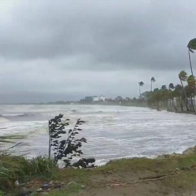 Cyklonen Sarai i Fiji 28.12.2019