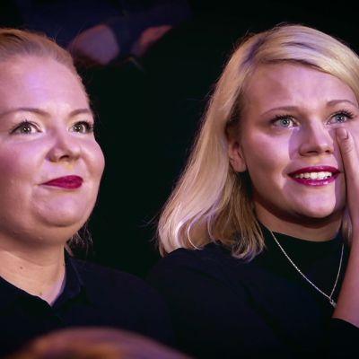 Ella yllättää Suskin SuomiLOVEssa
