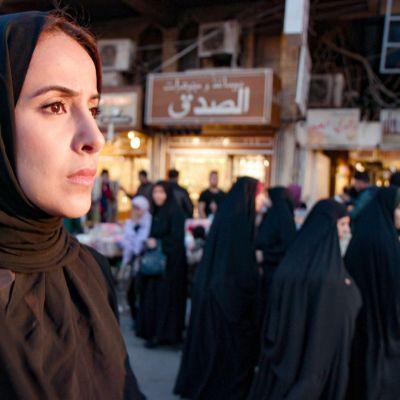 Irakissa uskonto ylläpitää virallisesti tiukkaa moraalia, mutta todellisuus voi olla toinen.