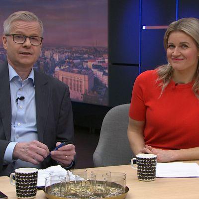 Koronaviruksen leviämisen riskiluokitus nostettiin korkeaksi EU:n alueella - Miten hyvin Suomi on varautunut koronan leviämiseen?