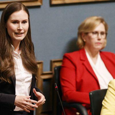 Pääministeri Sanna Marin vastaa eduskunnan suullisella kyselytunnilla Helsingissä 4. kesäkuuta