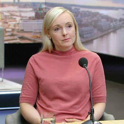 Sisäministeri Ohisalo: Poliisin resurssit käytävä syksyn budjettineuvotteluissa läpi ihmiskaupan kitkemiseksi