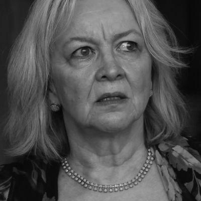 Skådespelaren Liisa Halonen i Karin Pennanens kortfilm
