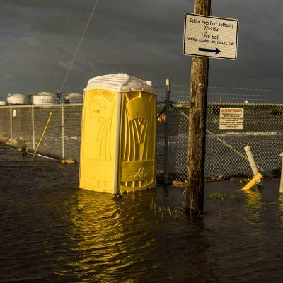 Myrsky rantautui Texasin ja Louisianan rannikolle torstaiaamuna Suomen aikaa. Kuva Texasin Sabine Passista 26. elokuuta.