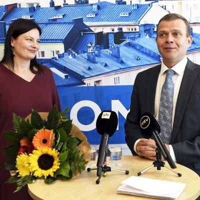 Kokoomuksen puoluesihteeri Kristiina Kokko ja puheenjohtaja Petteri Orpo kokoomuksen puoluevaltuuston syyskokouksessa syyskuussa 2019.