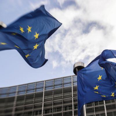 EU:n ulkoministerikokouksen tiedotustilaisuus Brysselissä