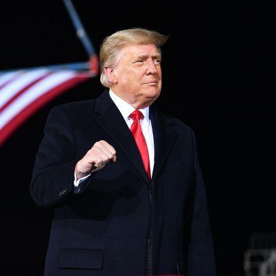 Trumpin ensimmäinen julkinen esiintyminen kongressin valtauksen jälkeen