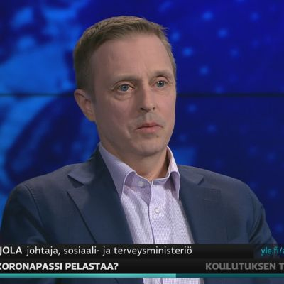 STM:n johtaja Pasi Pohjola kommentoi A-studiossa koronapassia.