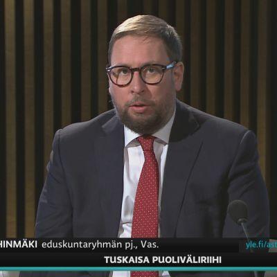 Vasemmistoliiton Paavo Arhinmäki kommentoi A-studiossa hallituksen kehysriihen tilannetta.