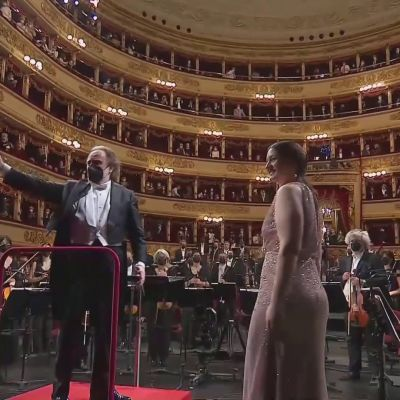 La Scala avattiin