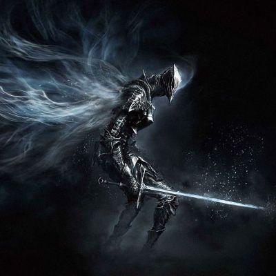 Kokoon painunut ritari miekka kädessään