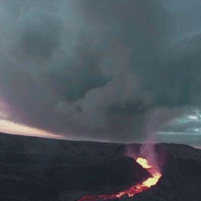 Drone sukeltaa tulivuoreen