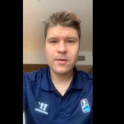 Kuvakaappaus Lassi Heikkisestä, kun hän puhuu videolle.