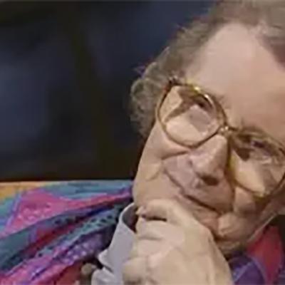 Kirjailija Helvi Hämäläinen