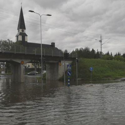 Rovaniemellä satoi tavanomaista rankemmin vettä