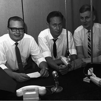Radion uutistoimituksen väkeä 1965