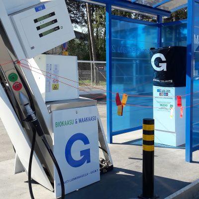 Kaasuautoilijat törttöilevät tankkausasemilla – Gasumin mitta täyttyi