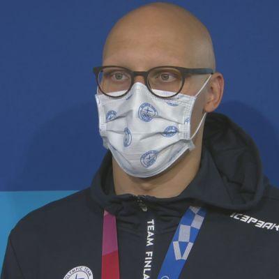 """Matti Mattsson lähettää perheelleen terveisiä Tokiosta: """"Iskä tulee huomenna kotiin"""""""