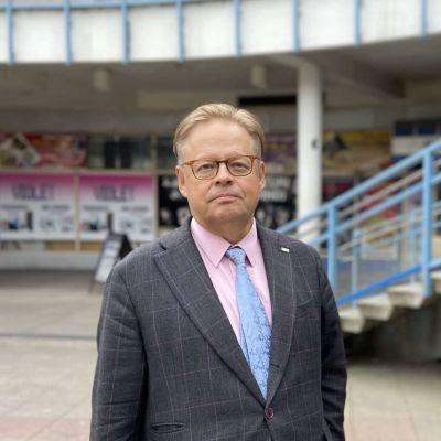 Helsingin pormestari syyttää hallituksen koronastrategiaa konkretian puutteesta