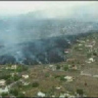 La Palman talot peittyivät laavaan