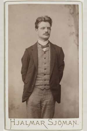Jean Sibelius 1890-luvun alussa.