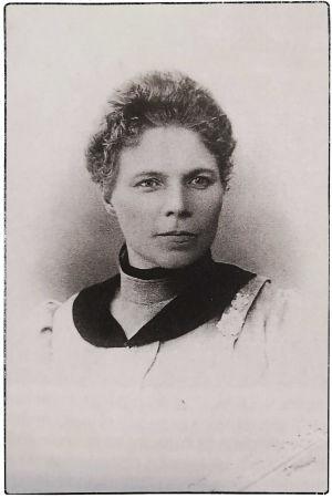 Leskirouva, hotelli- ja ravintolayrittäjä Anna Ollberg.