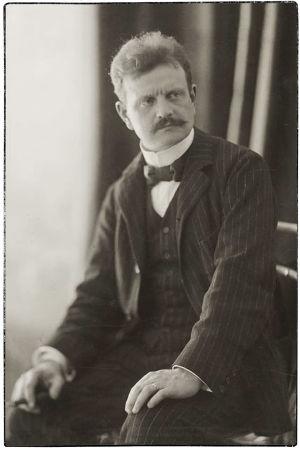 Jean Sibelius noin vuonna 1899.
