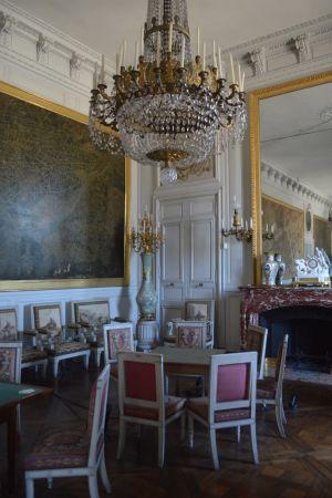 Compiègnen keisarillisen palatsin adjutanttien salonki oli loistossaan Napoleon III:n ajalla.