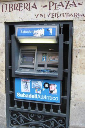 Pankkiautomaatti Salamancassa.