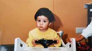 Adrian Perera som barn.