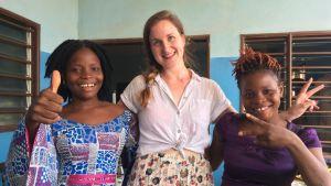 Akoko ja Akouélé Dossouvi ovat ompelimoyrittäjiä Cotonoussa