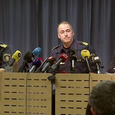 Ruotsin poliisin info.