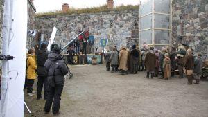 Från inspelningen av tv-serien Heroes of the Baltic Sea på Sveaborg