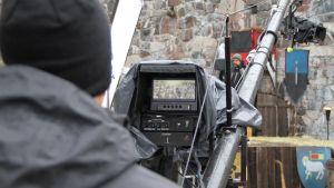 Från inspelningen av tv-serien Heroes of the Baltic Sea med regissören A J Annala
