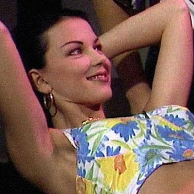 Katariina Souri Resepti-ohjelmassa vuonna 1993.