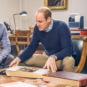 Ainutlaatuinen dokumentti kunnioittaa Walesin prinsessa Dianan elämää ja työtä 20 vuotta hänen traagisen kuolemansa jälkeen.