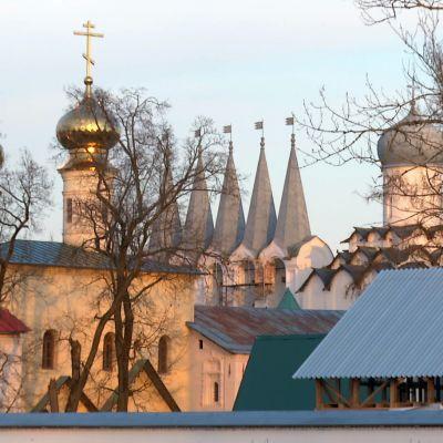 ortodoksisen kirkon torneja
