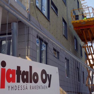 Lujatalo Oy:n rakennustyömaa Kuopion Suokadulla