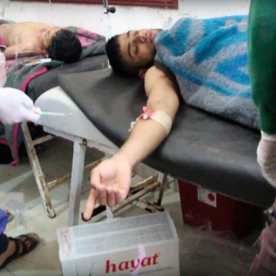 Minst 58 människor dödades och över 160 skadades i den misstänkta giftgasattacken mot Khan Sheikou i Idlib