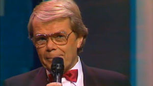 Lasse Mårtenson laulaa 1992.