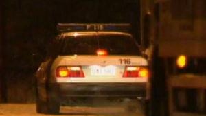 Bakdelen av en polisbil