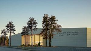 Arkitektskiss över idrottshall.